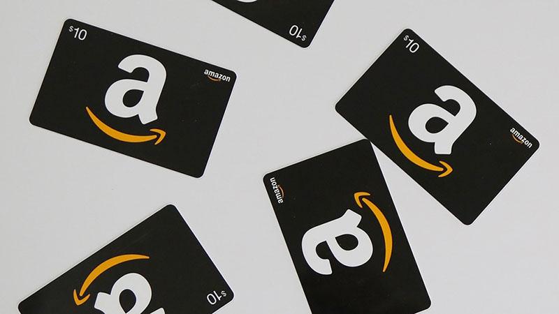 گیفت کارت  - معرفی و کاربرد انواع گیفت کارت
